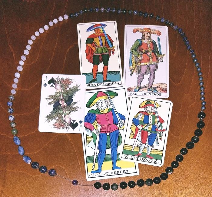 Page of Swords Tarot de Marseille