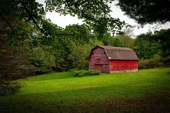 red-barn-1601617_1920