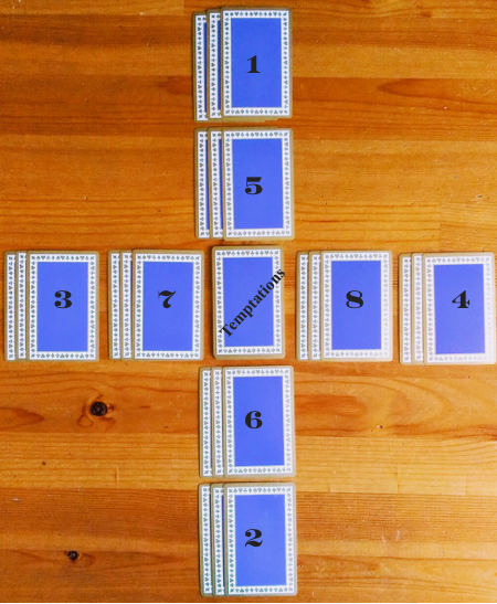 Crossed Cartomancy Vintage Tiffany & Co. blue and red Playing Cards, New York.
